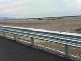 图片 乡村高速公路护栏板