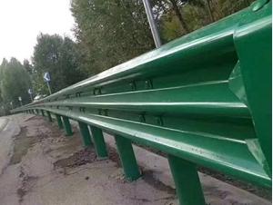 图片 乡村公路三波护栏板