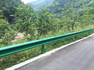图片 盘山公路双波护栏板