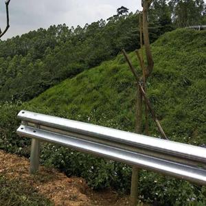图片 盘山公路二波护栏板